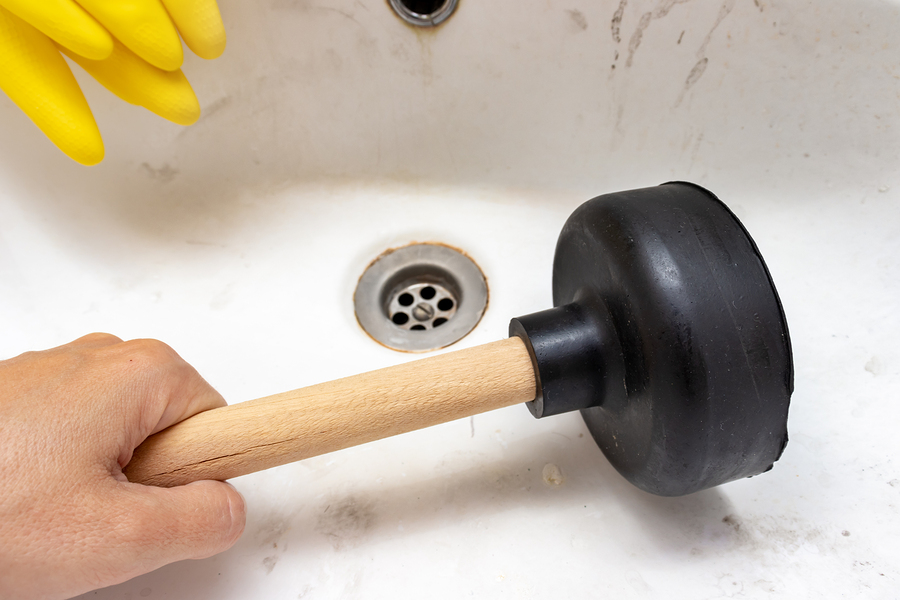 4 Dangers of DIY Plumbing Repair