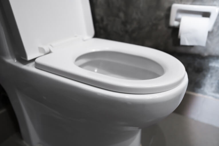 Your Bathroom Habits: 3 Things Your Plumber Always Knows