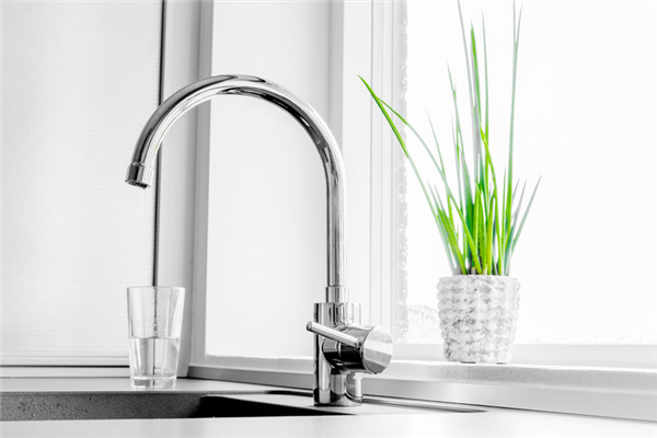 New Kitchen Faucet? Leave the Installation to a Professional